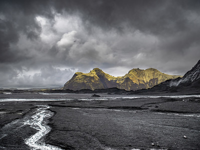 Vestrahorn   Photography by Wayne Heim