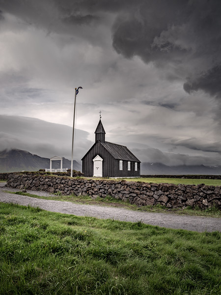 A Country Church   Photography by Wayne Heim