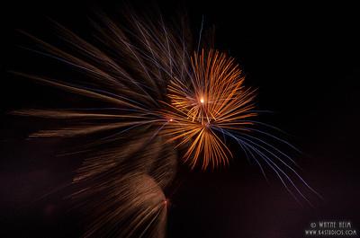 Gold Fireworks     Photography by Wayne Heim