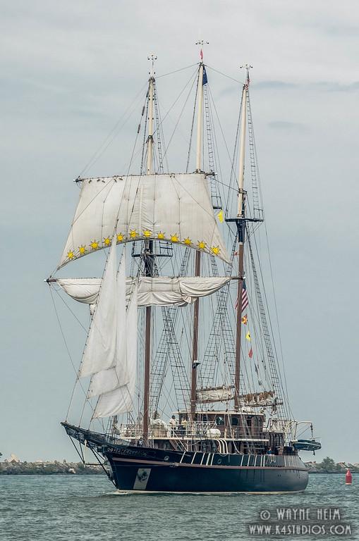 Minimum Sail    Photography by Wayne Heim