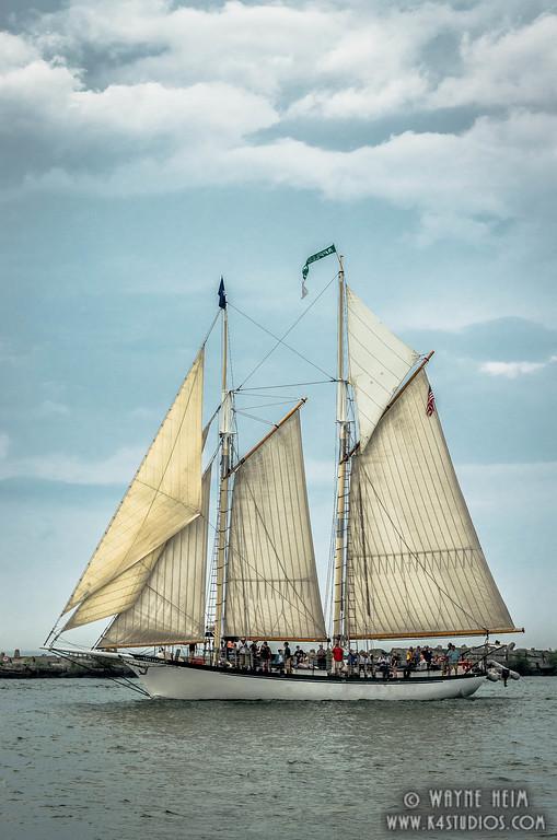 Nice Cruise    Photography by Wayne Heim