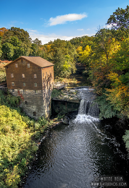 Side View of Mill House   Photography by Wayne Heim