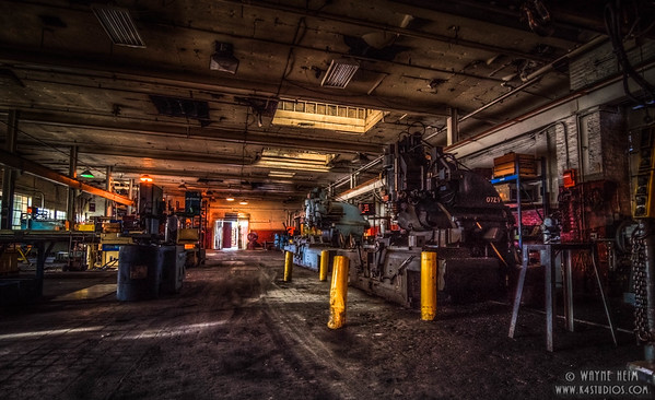 Machine Shop - Photography of Wayne Heim