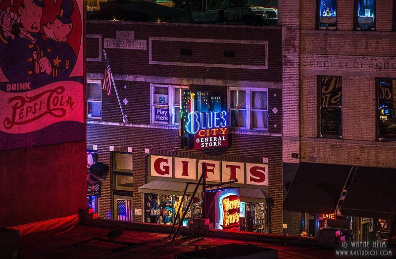Memphis Blues - Photography by Wayne Heim