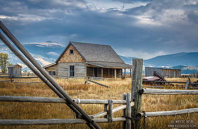 Old Homesteaded     Photography by Wayne Heim