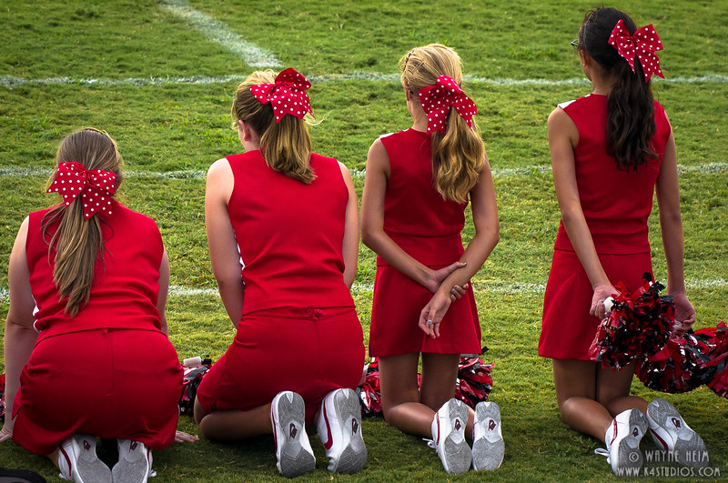 Cheering  - Photography by Wayne Heim