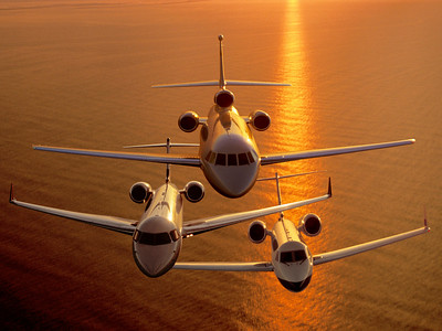 Photos: Paul Bowen Photoshop: Tom Jenkins These airplanes never flew together. Magazine cover Executive Wings