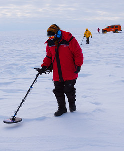 Nancy Miller, shortly before she discovers the first Union Glacier meteorite