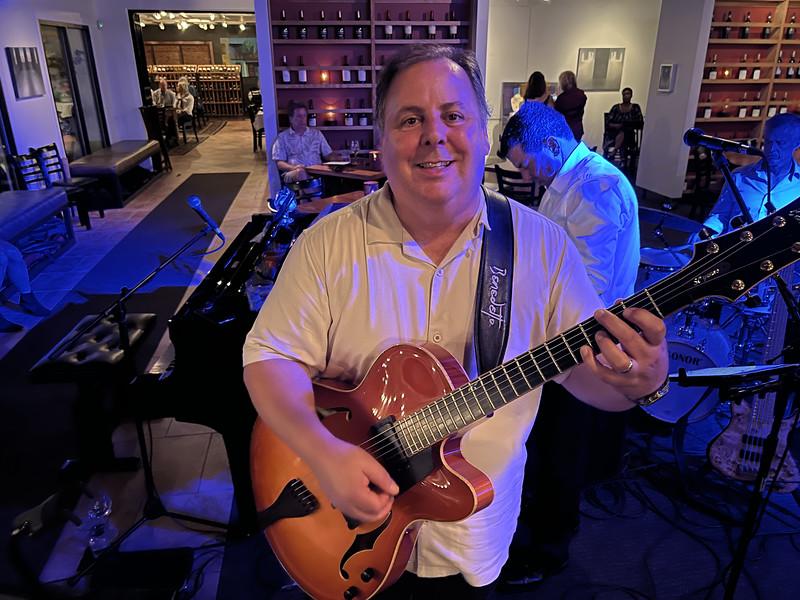Guitarist Howard Paul shot in low-light