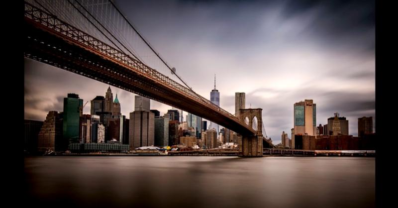 NY skyline from Brooklyn Bridge park