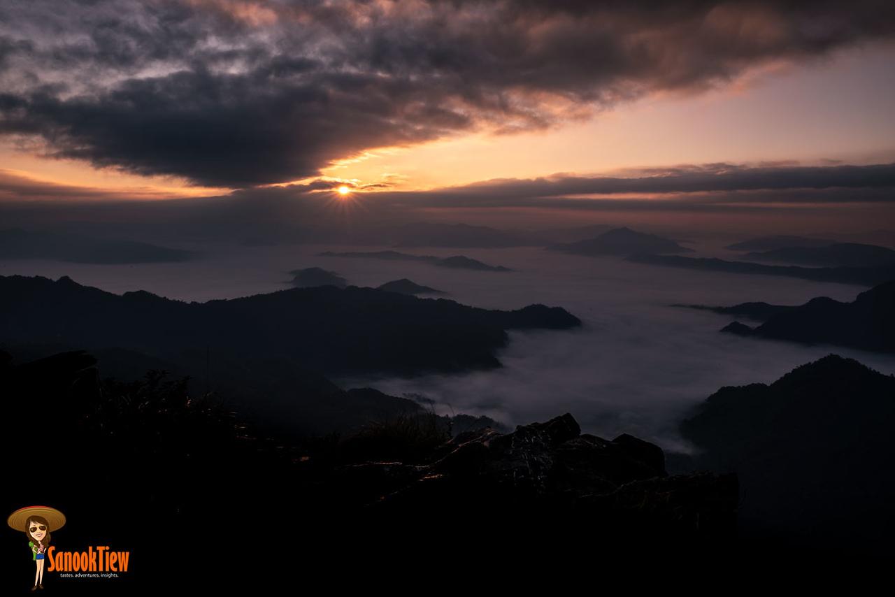 ภูชี้ฟ้า วนอุทยานภูชี้ฟ้า เชียงราย ชมทะเลหมอก และ พระอาทิตย์ขึ้น