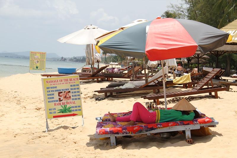 Massage on the beach - version 1