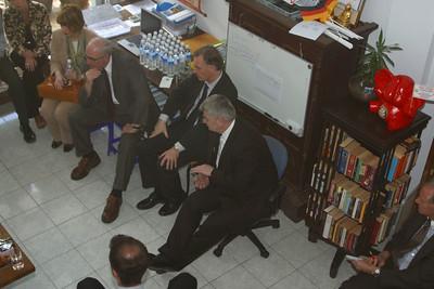 Joschka Fischer visits Phuket after Tsunami