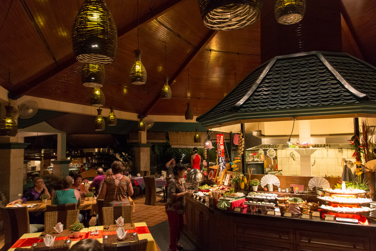 5 Gems of Asia Buffet Night at Mangosteen Restaurant, Phuket