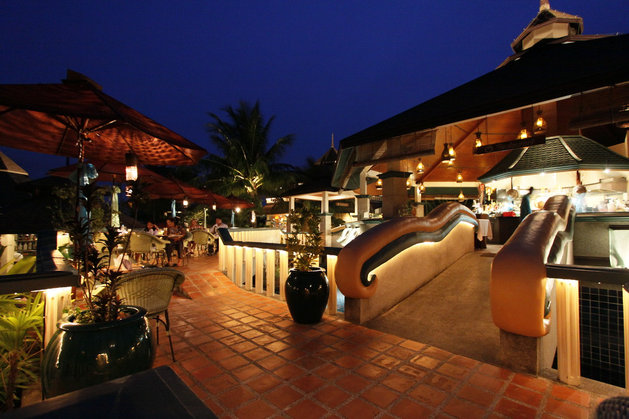 5 Gems of Asia - Mangosteen Phuket presents specialties from Thailand, Vietnam, India, China and Japan