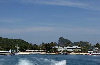 Phuket Thailand, Phi Phi Island's beautiful beaches and rocks - Tonsai Bay and fantastic views!