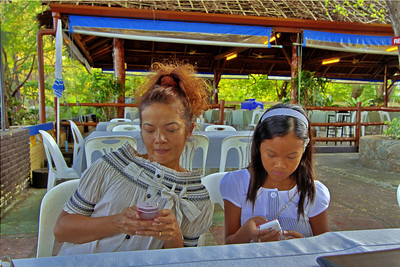 Rawai Seafood Dinner 2 Telephone Girls HDR