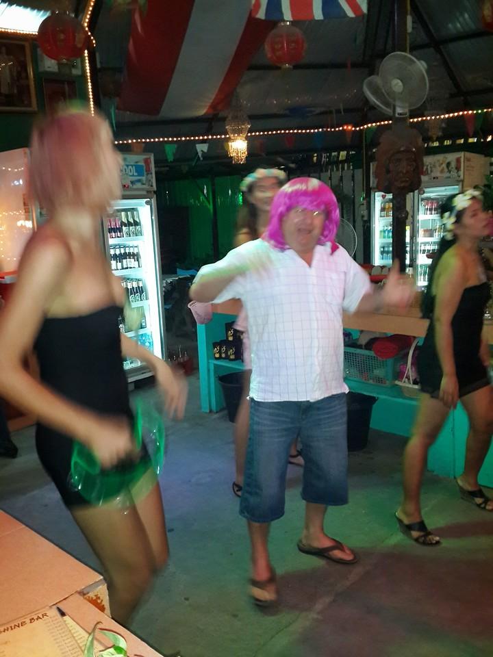 Mangosteen Resort excursion to infamous Sunshine Bar (5)