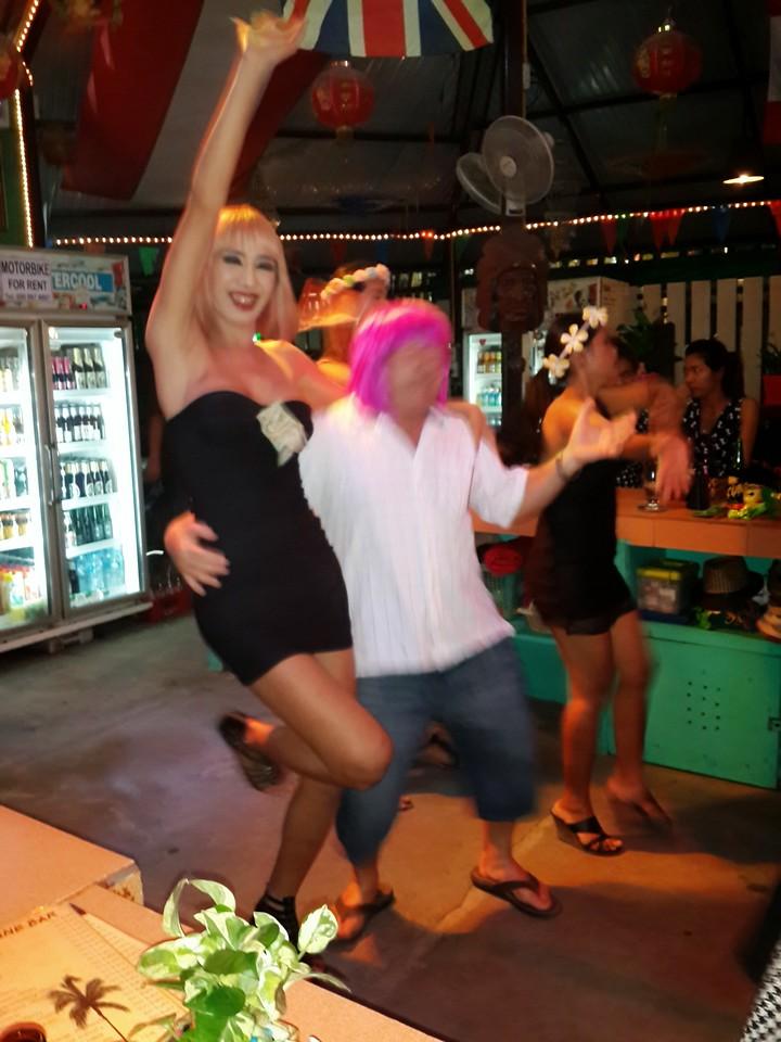 Mangosteen Resort excursion to infamous Sunshine Bar (4)