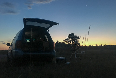 Early morning - we arrived at 5 am after driving through the night - just in time to get the polar-aligned telescope set up in the dark.