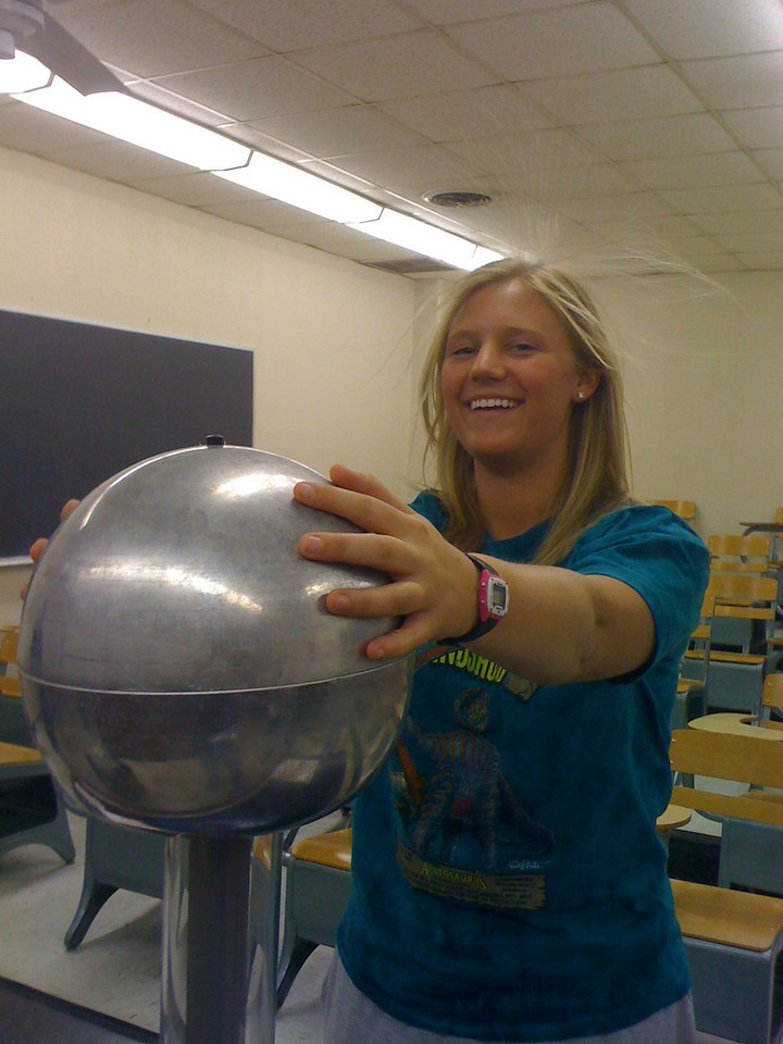 Kendra tries her hand at the Vandegraff.