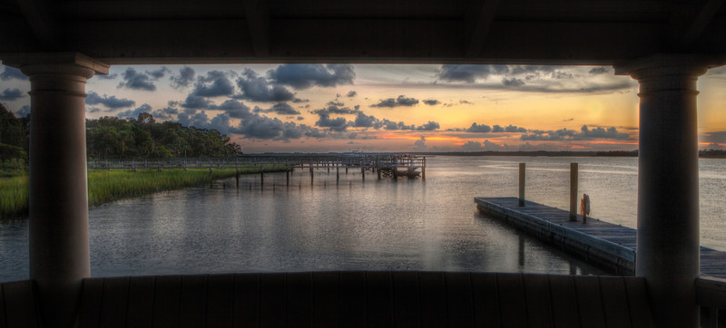 "Kiawah Sunset  On the north side of Kiawah, there's a great place to veiw the sunset over the Kiawah River.  This dock is located off of Rhetts Bluff Rd.   <a target=""_blank""  href=""http://maps.google.com/maps/ms?msid=203180374072224095049.00043ad054df427acecc0&msa=0&ll=32.616677,-80.088921&spn=0.003836,0.006968"">Location On Google Maps   </a> &nbsp &nbsp <a  target=""_blank""   href=""http://en.wikipedia.org/wiki/Kiawah_Island,_South_Carolina"">Kiawah Island Wiki</a> &nbsp"