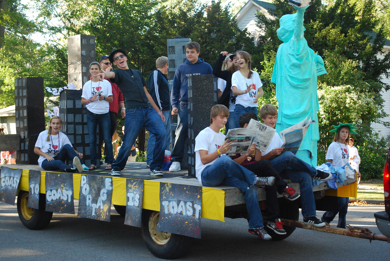 09-24-2010 - Homecoming Parades in mid-America.  You gotta love 'em.  Class of 2014 float