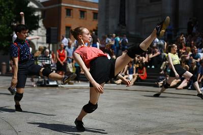 173785430JM005_Ballet_On_Th.JPG