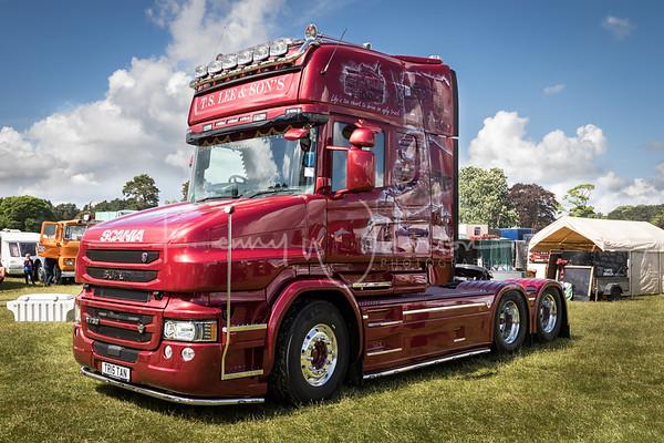 TR15 TAN Scania T730