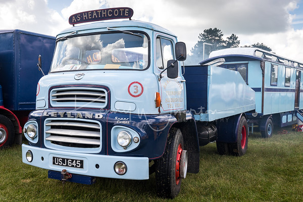 USJ 645 Leyland Super Comet