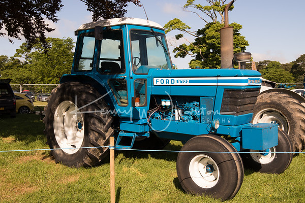 Ford 8100