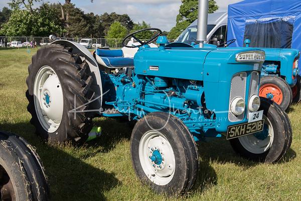SKH 521B Fordson Super Dexta