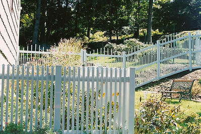 Gray Georgetown and Dalton Fence