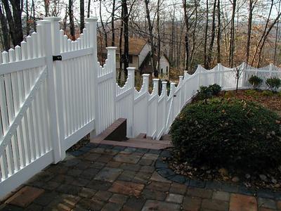 Hampton Scallop Fence