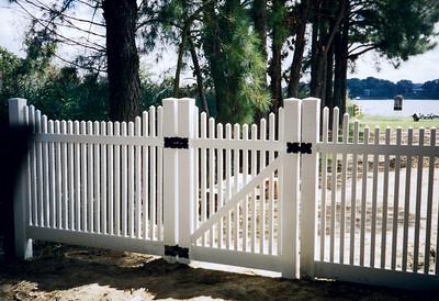 Hampton Step Fence
