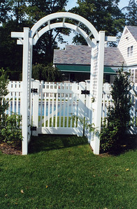 Hampton Straight Fence