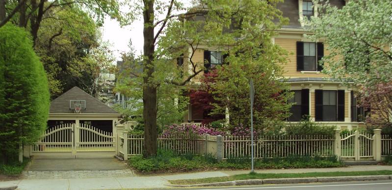 964 - 359618 - Cambridge MA - Brentwood Fence & Gates
