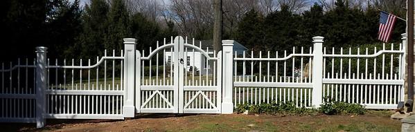 375 - 515023 - McClain VA - Cambridge Picket Fence