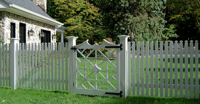 873 - NJ - Princess Anne Picket with Chippendale Gate