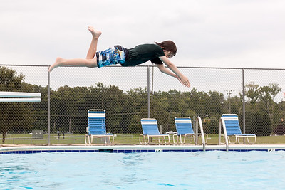 Ian Tried Front Flips and Diving For The First Time Today