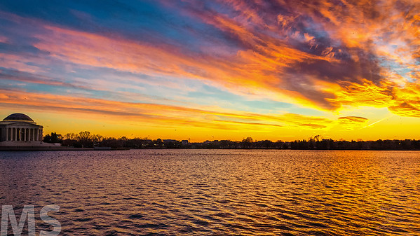 Tidal Basin sunset with the Jefferson Memorial