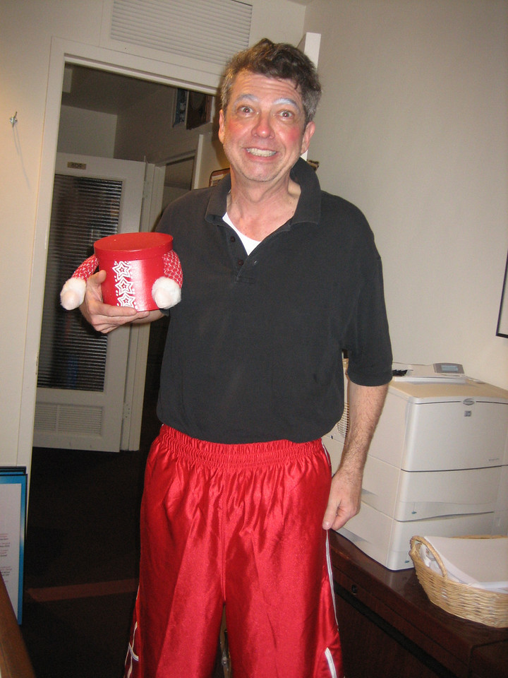 NOVEMBER 29, 2006<br /> <br /> Charles Hall (Santa Claus at Radio City) wanders into my office to offer some holiday cheer and cookies.