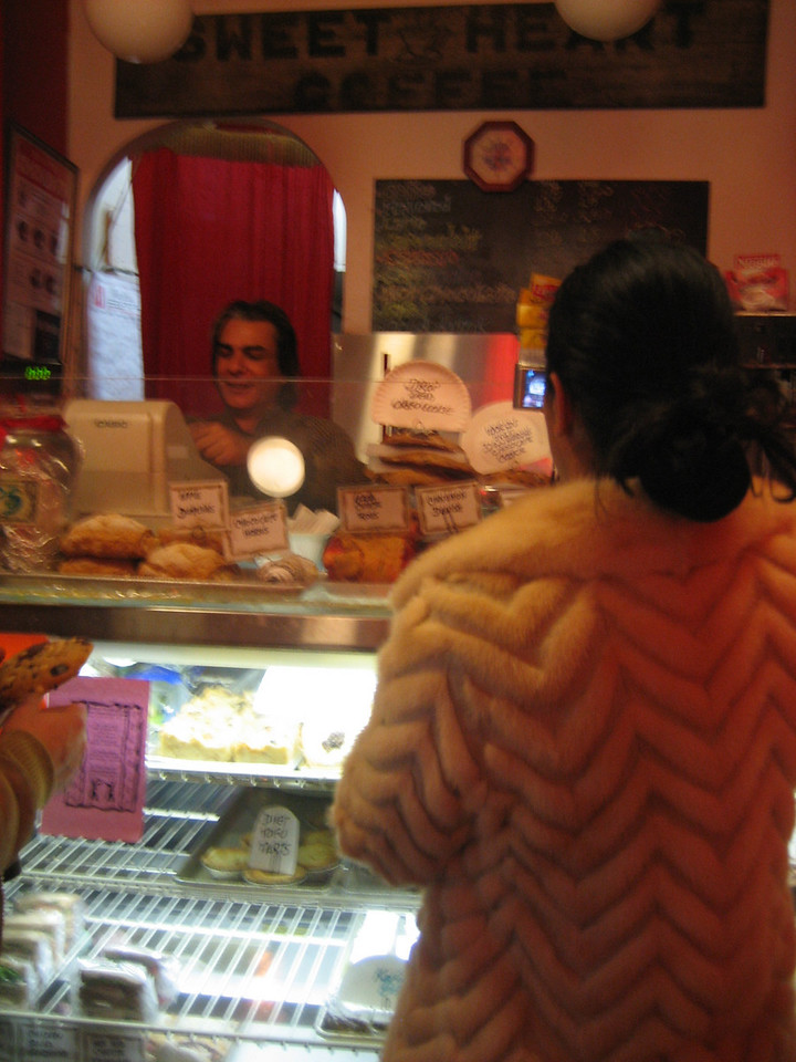NOVEMBER 20, 2006<br /> <br /> Taline and I had a girls night tonight.  After stopping off at her old haunt in the West Village, we had dinner at one of our Italian faves.  We used to order from the same restaurant when we were making our flip flops...