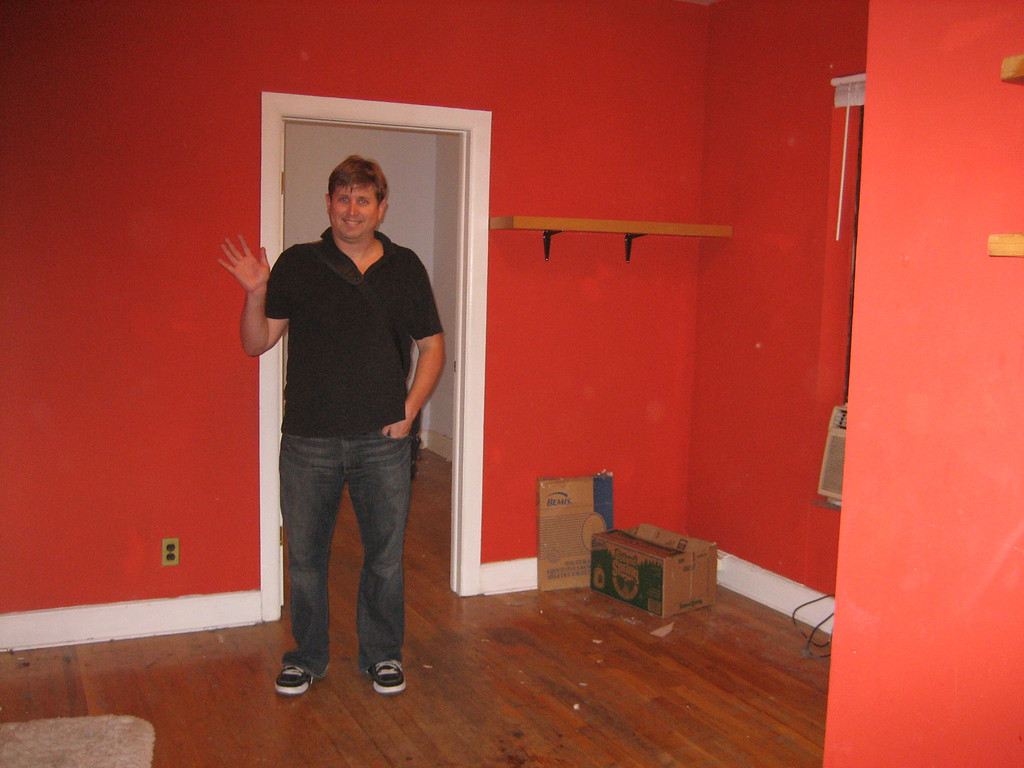 SEPTEMBER 9, 2006<br /> <br /> MOVING DAY!  Sean waves goodbye to 240 East 25th Street...