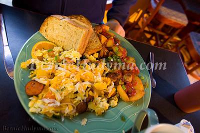 Breakfast @ Nellies In The Loop_ Calgary AB. _MG_0266