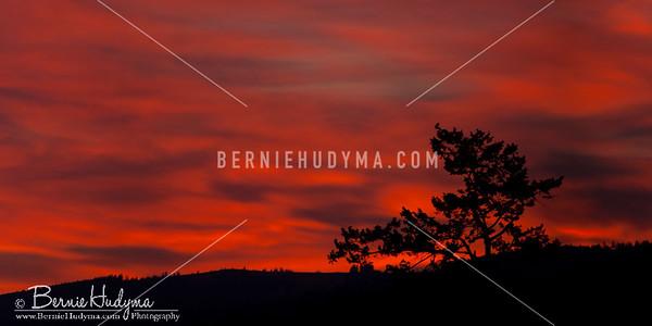 Red Sky Morning...Kamloops BC a076477