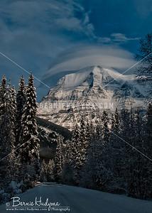 Fresh Snow Fall @ Mt.Robson C091678