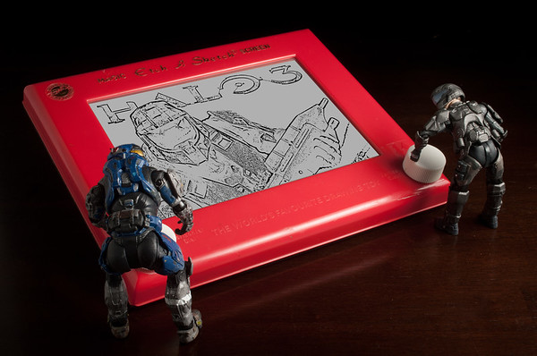Halo Etch-a-Sketch