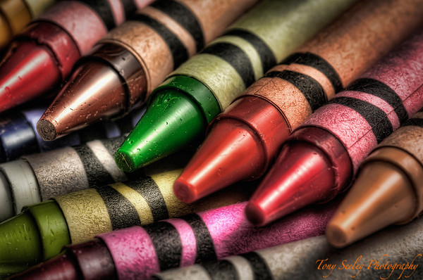 147 Crayons - Home