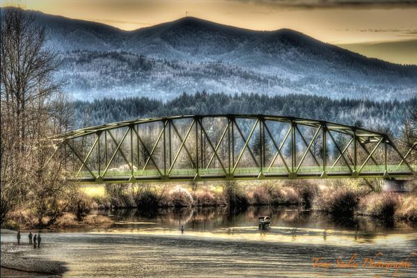 008 Bridge - Tolt River